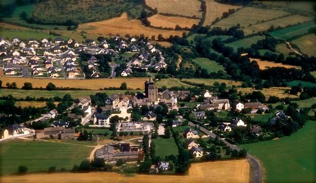 Ste-Radegonde-Vieux-village-et-lotissement